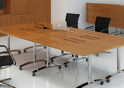 Glide Modular Tables